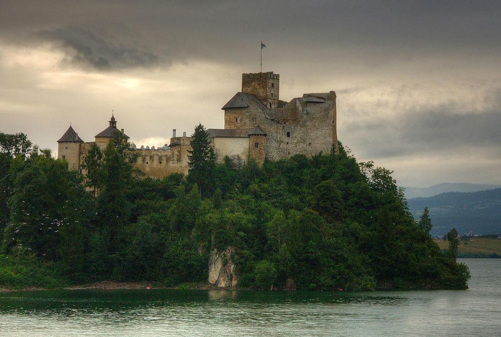 6-niedzica_zamek
